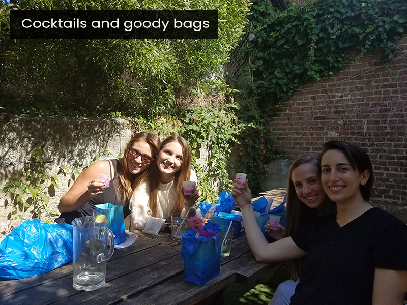 Cocktails-and-goody-bags
